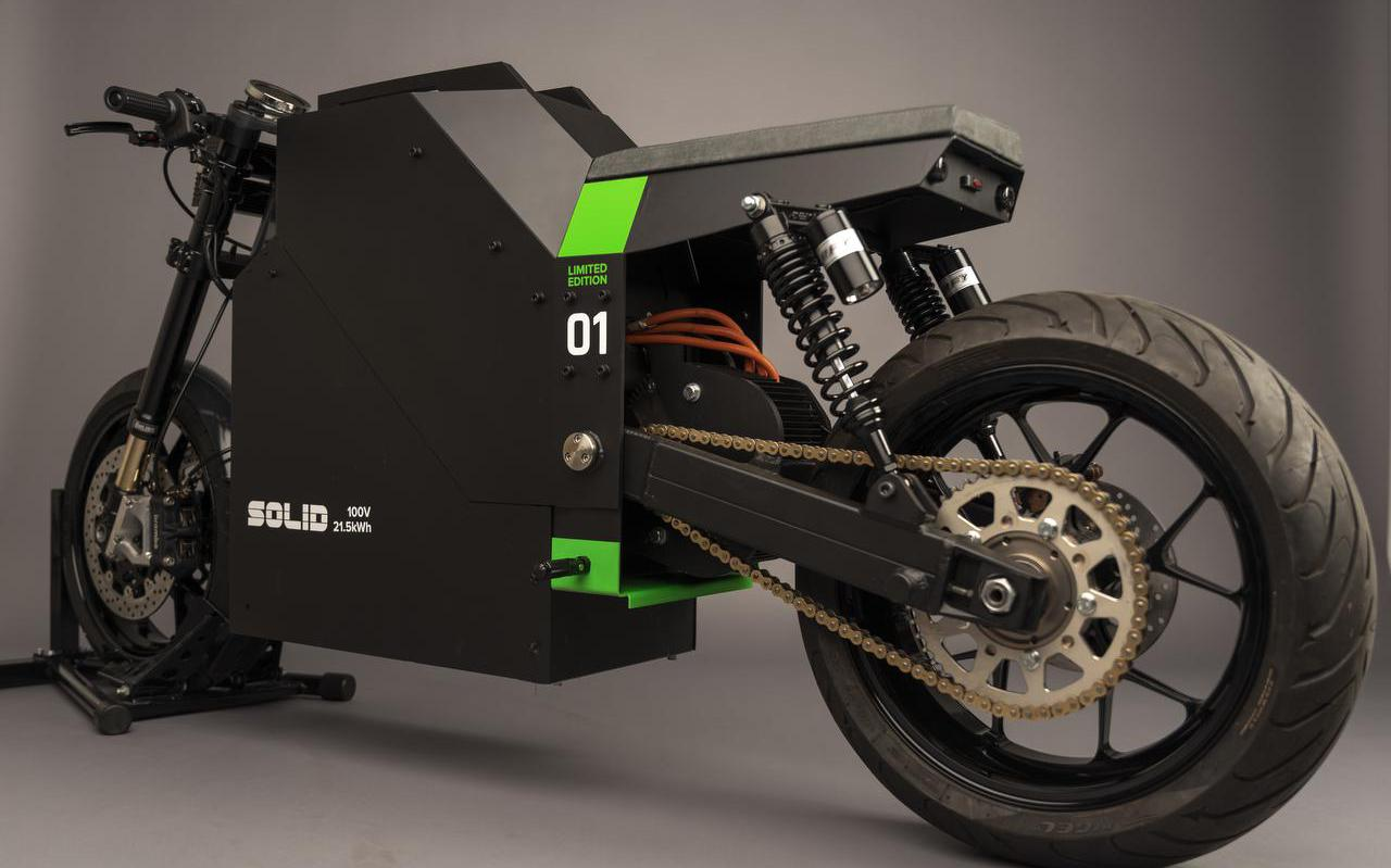 Het elektrische motor CRS-01 van Solid uit Marsum.