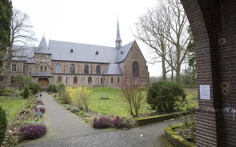 De voormalige abdij Sion in Diepenveen, bij Deventer, waar het Jongerenklooster begon.
