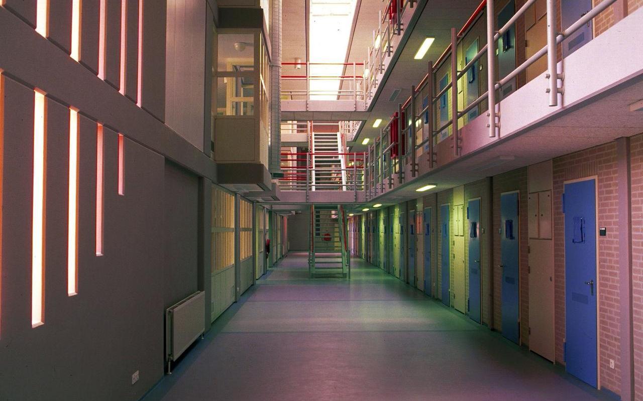 Cellengallerij van de Penitentiaire Inrichting (PI) in Leeuwarden.