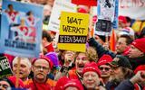In 2014 demonstreerden duizenden werknemers in de sociale werkvoorziening voor het behoud van hun banen. Deze foto is gemaakt in Den Haag.
