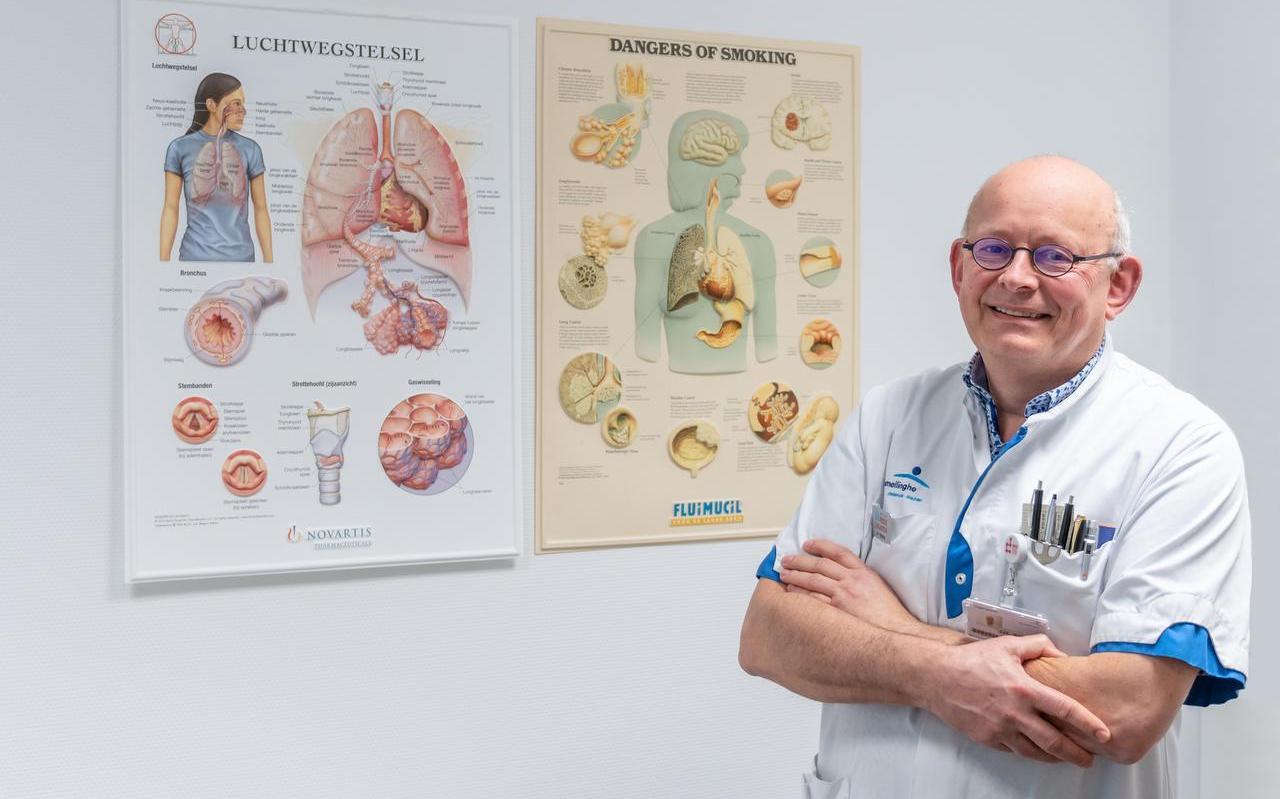 """""""Het is afschuwelijk wat corona met mensen doet, maar medisch gezien is het ook interessant en spannend"""",, zegt longarts Jaap Strijbos."""