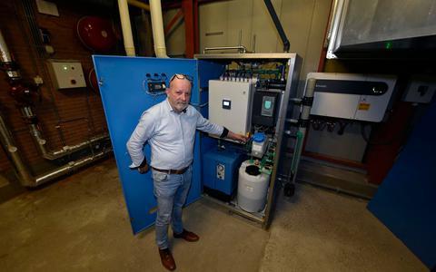 Frank Turksma pioniert samen met Tienus Lukkes in de waterstofbranche.