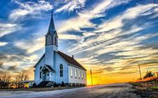 Geert Benedictus vindt dat we in de kerk gemeenteopbouw moeten laten plaatsvinden door geloofsopbouw. 'Het evangelie van Christus is de Bron.'