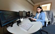 Wino Bouwens (26) van het Hacklab in Leeuwarden.