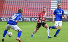 De scorende tandem van sc Heerenveen met Lasse Schöne als aangever en Siem de Jong (r) als afmaker. PSV'er Mario Götze figureert in het midden.