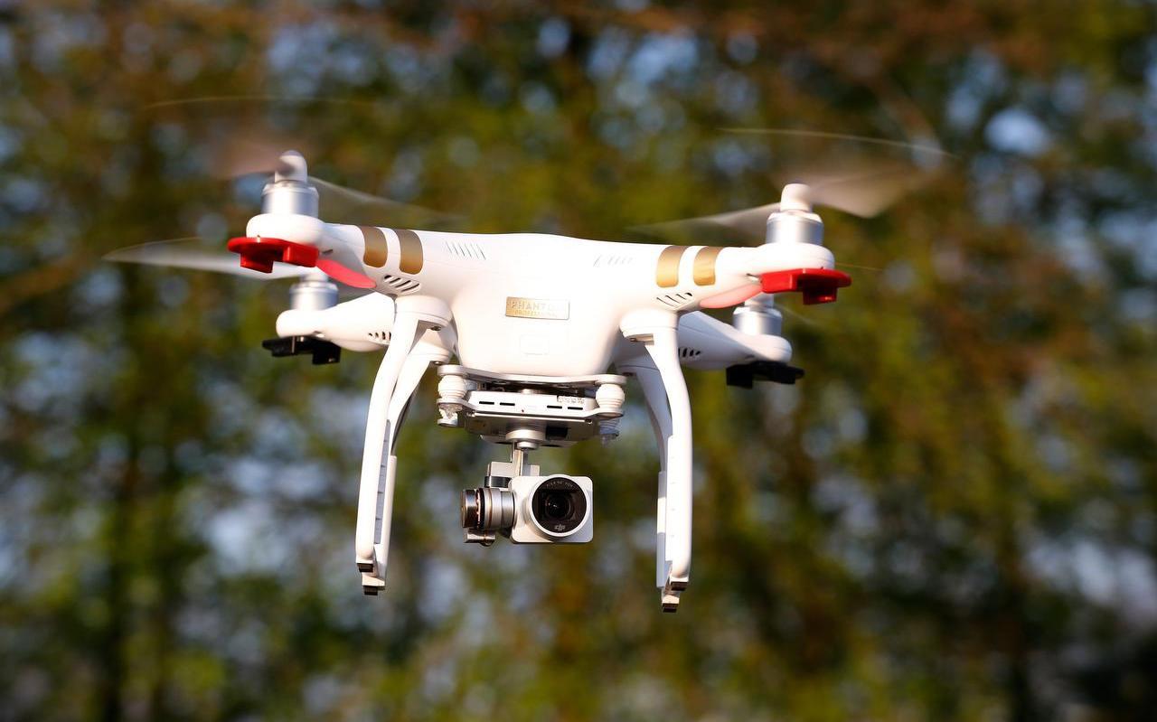 Met drones wil de FUMO dit jaar gedetailleerde luchtfoto's maken om te kijken of milieuregels in deze provincie goed worden nageleefd.