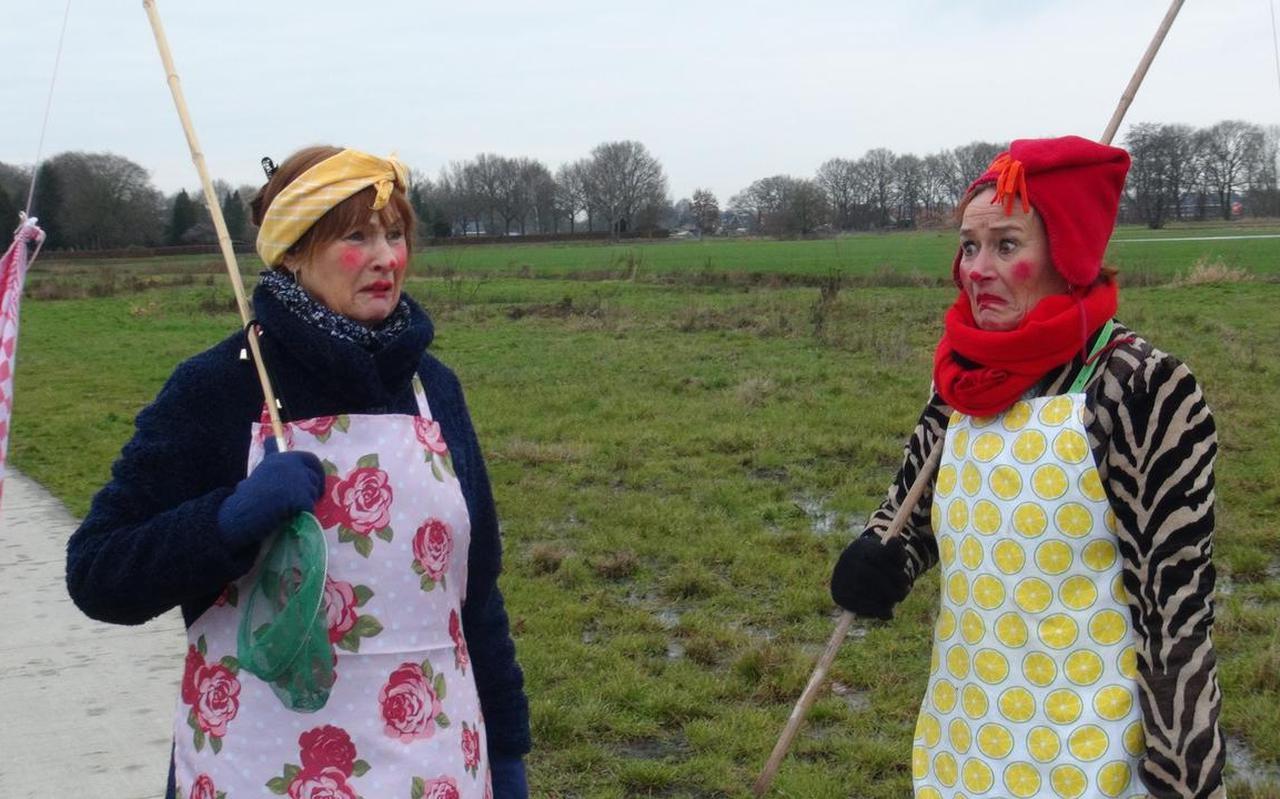 Mariëtte Mulder (64) en Judith Holtzer (61) treden op als twee schoonmaakdames in filmpjes die voor kinderen en hun ouders worden gemaakt.