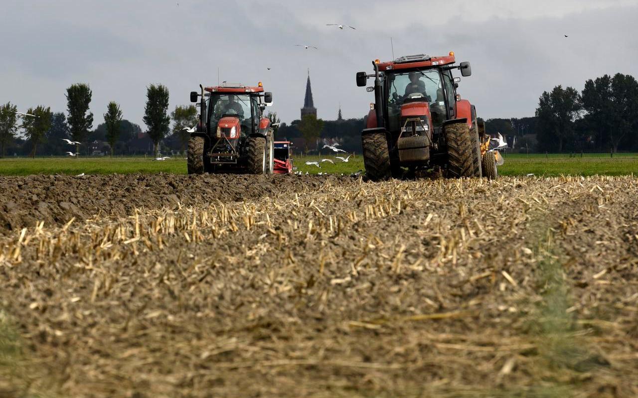 De landbouw moet in de toekomst veel meer rekening moet houden met wensen van de maatschappij om meer te doen met de natuur, verwacht Harmen van der Bij.
