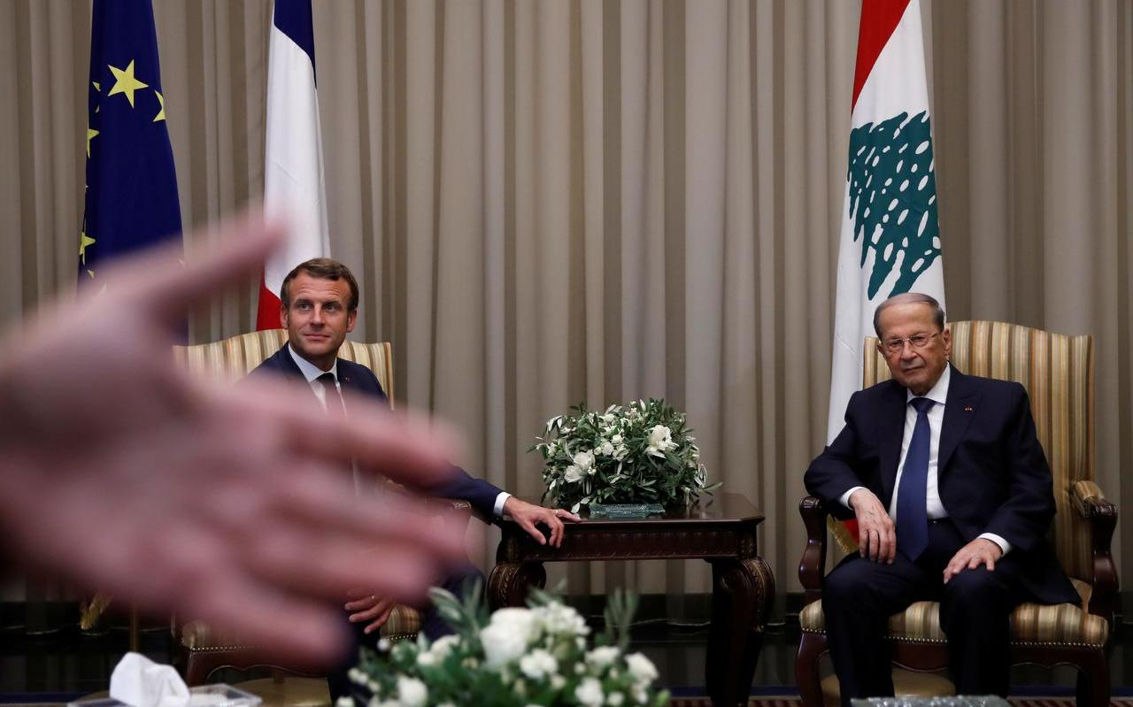 De Libanese president Michel Aoun en de Franse president Emmanuel Macron.
