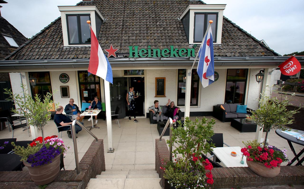 Het Oant Moarn-cafe in Herbayum.