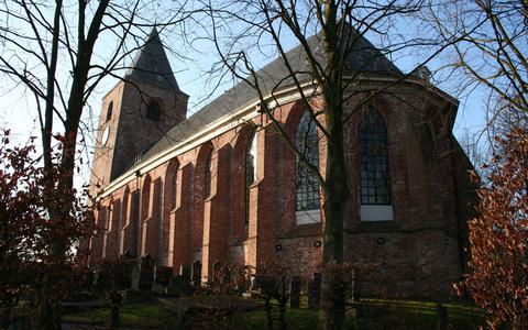De Mariakerk in Buitenpost, een van de kerken die recent werd overgenomen.