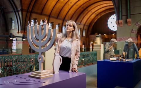 De synagoge in Groningen heeft een permanente museale inrichting gekregen.