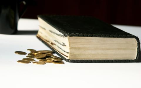 Bijbel en geld.