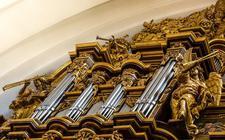 Het kerkorgel van de Dom van Fulda.