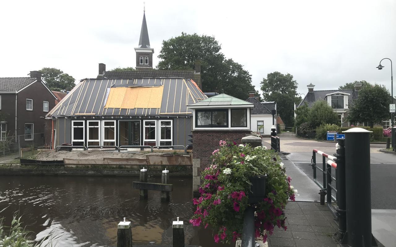 Het dorpshuis in Tjerkwerd is bijna klaar na een grondige verbouwing.