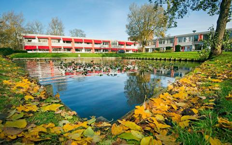 Het voormalige woonzorgcentrum De Spiker in Ternaard. Foto: Marcel van Kammen