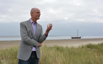 Demissionair minister Stef Blok op Schiermonnikoog.
