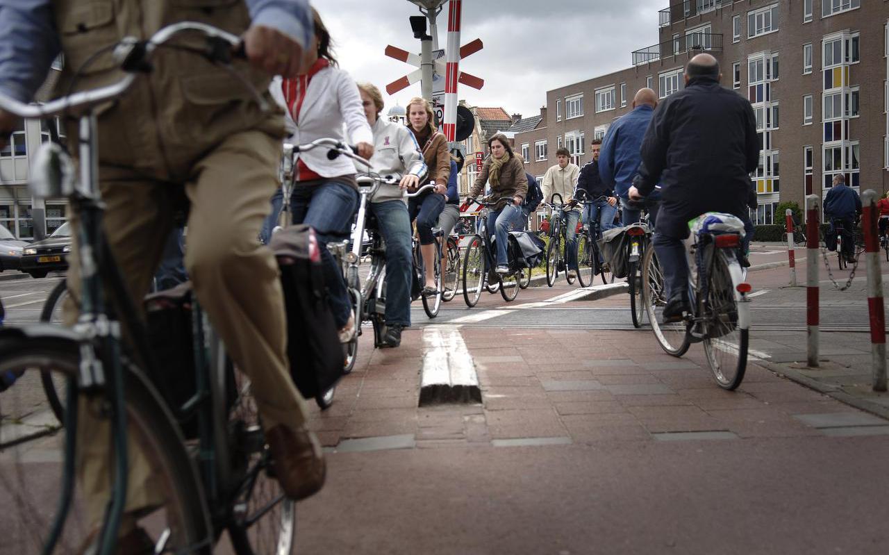 De fietsovergang bij De Schrans in Leeuwarden.