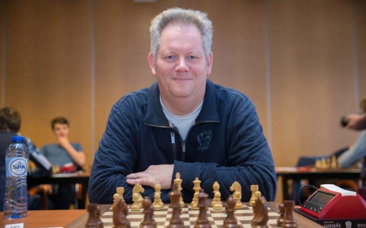 Migchiel de Jong doet vrijdag niet mee aan het NK schaken in Hoogeveen.
